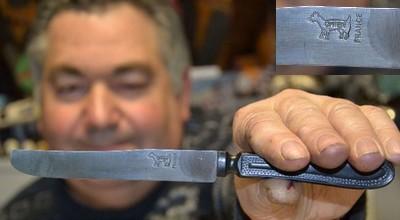 couteau chien