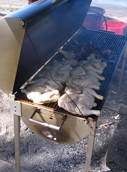 poulet boucane prêtà cuire