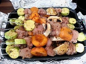 brochettes de poulet saison d'été en marinade