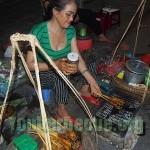 brochettes de Porc Vietnamienne dans la Rue