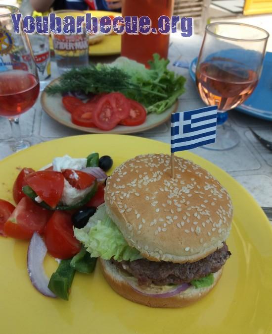 Suggestion recette burger crétois Grèce barbecue