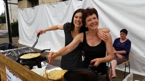 Françoise DOUSSINAUD Présidente de l'Association et Aurélie