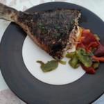 dorade grillée et sa sauce à sa portugaise