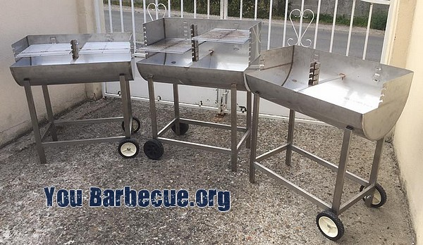 différents modèles de barbecue inox