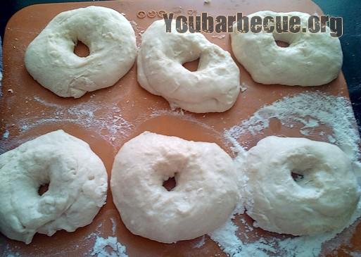 pain bagel après petrissage